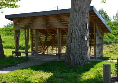 Construction d'un abri à vélo et d'une pergola à Ingrandes sur Loire pour « La Loire à Vélo »